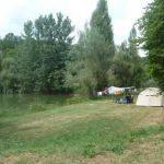 kamperen aan viswater